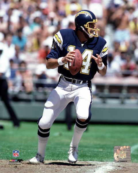 San Diego Chargers Dan Fouts: Dan Fouts Dropping Back Action