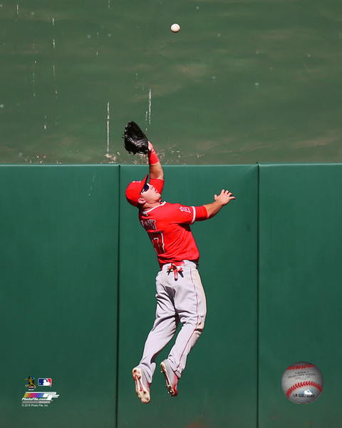 Mike Trout 2015 Action Los Angeles Angels Photo